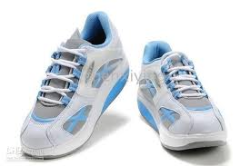 Women's Sports Shoes